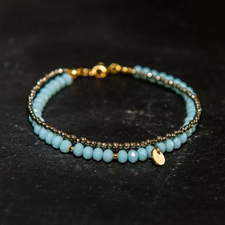 bracelet-plaque-or-cristaux-bleu-givre-pyrite