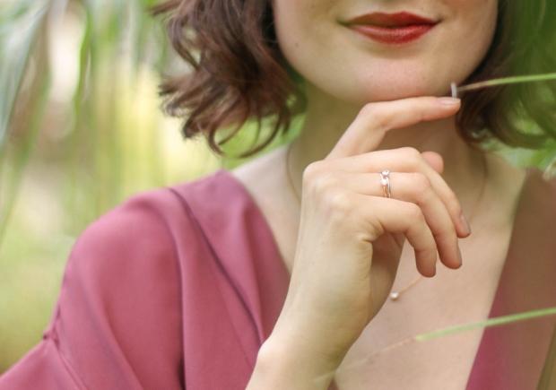 bright-pause-blog-bijoux-solitaire-ultra-fin-diamant-bague-fiancailles-8