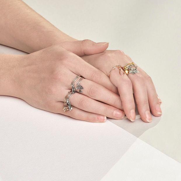 bright-pause-blog-bijou-chrysalis-bracelet-3