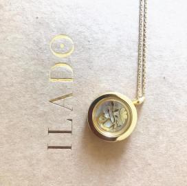 bright-pause-ilado-bijou-de-naissance-amulette-0
